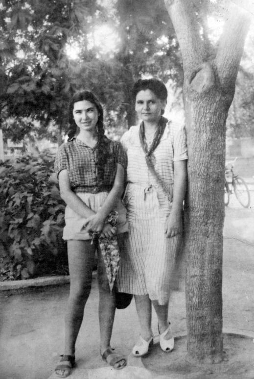 עזה צבי - עזקה - וזלדה  תל אביב, קיץ 1948